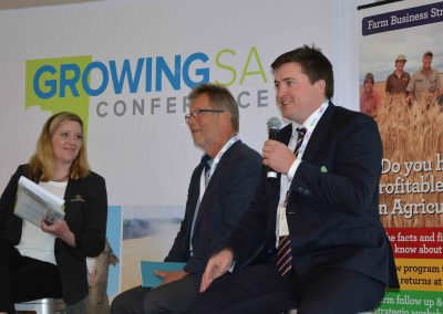 Growing SA MC Belinda Cay interviews Livestock SA president Joe Keynes and GPSA Chair Wade Dabinett on stage.