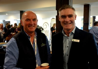 Mellco director Steve Mellington and GRDC Southern Panel chair John Bennett, Lawloit, Victoria.